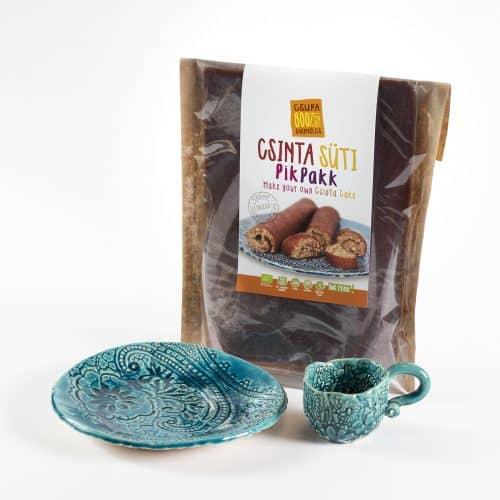 Csinta Sütikészítő egyedi kerámia tányérokkal és csészékkel