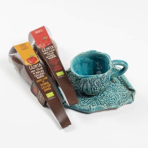 Kávés csészék Magos tölcsérekkel